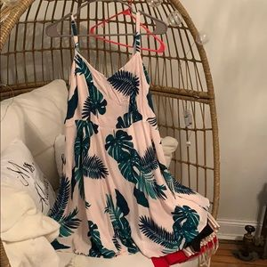 Old navy leaf print cami dress